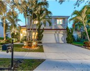 1011 Fairfield Meadows Dr, Weston image