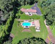 24 Yellow Cote  Road, Oyster Bay Cove image
