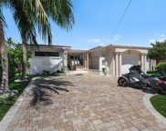 9416 Carlyle Ave, Surfside image