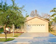 411 Nw 187th Ave, Pembroke Pines image
