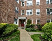 11 Edwards  Street Unit #2D, Roslyn Heights image