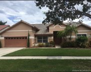 335 Nw 164th Ave, Pembroke Pines image