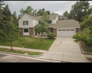8886 S Tracy Dr, Sandy image