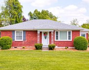 7001 Ridge Farm Ct, Louisville image