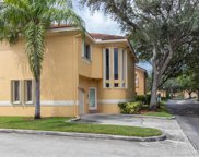 11207 Lakeview Dr, Coral Springs image