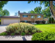6554 S Vinecrest  Dr, Salt Lake City image