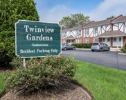 2060 Lakeview Rd, Bellmore image