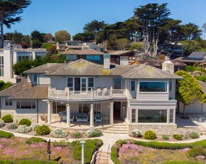 1027 Ocean View Blvd, Pacific Grove