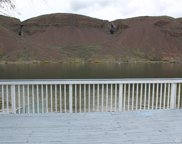 32550 Lakeshore Dr NE, Coulee City image
