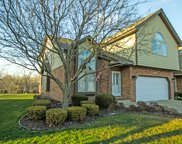 7912 Breakwater Way, Palos Heights image