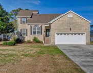 511 Chadwick Shores Drive, Sneads Ferry image