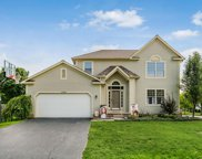 5508 Forest Glen Drive, Grove City image