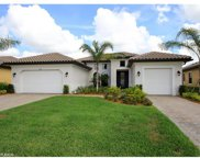 10093 Avalon Lake CIR, Fort Myers image