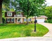 12121 Country Manor, Creve Coeur image
