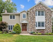 53 HIGH POINT DR, Springfield Twp. image