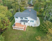 12 Plymouth  Road, Manhasset image