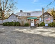 41 Oak  Lane, Amagansett image
