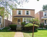 3123 West Chase Avenue, Chicago image