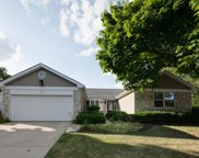 202 Lowell Place, Vernon Hills image
