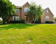 10554 Chestnut Hill  Circle, Fishers image