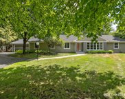 320 Somerset Drive Ne, Grand Rapids image