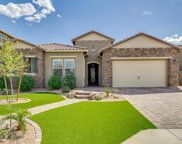 1077 E Knightsbridge Way, Gilbert image