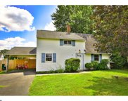 32 Winding Road, Levittown image