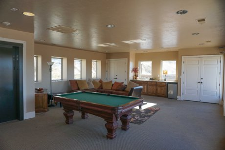 The Arbors game room - Provo Utah