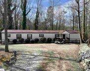 135 Dawn Cove Road, Seneca image