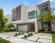 6740 Nw 106, Doral image