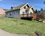 614 E 9TH, Coquille image