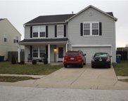 694 Country Gate  Drive, New Whiteland image