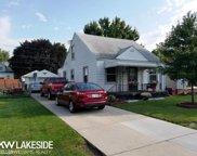 8137 Dale, Center Line image