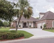 6222 Royal Palms Ct, Gonzales image