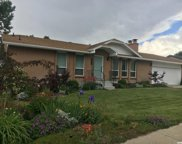 1121 E Hidden Valley Dr, Sandy image