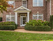 1054 Tanyard Springs Dr, Spring Hill image