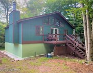 1044 Country Place Dr, Tobyhanna image