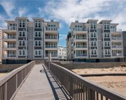 MM Beacon - Point Chesapeake Way, Virginia Beach image