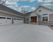3 Willow Creek  Court, St Charles image