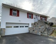 85 Clements  Drive, Stratford image