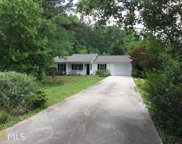 6304 Mitchell Creek Dr, Flowery Branch image