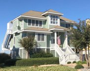 9 Spinnaker Drive, Manteo image