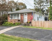 3693 Park  Avenue, Wantagh image