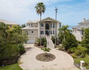 2041 Harbour Watch Circle, Tarpon Springs image