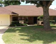 205 E Orchard Drive, Midwest City image