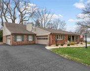 7408 Glenview W Drive, Indianapolis image