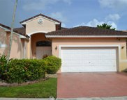 317 Sw 185th Ter, Pembroke Pines image