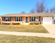 68 Kenilworth Avenue, Elk Grove Village image