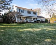8 Greenbrier DR, Barrington image