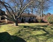 760 Old Orchard  Lane, East Marion image